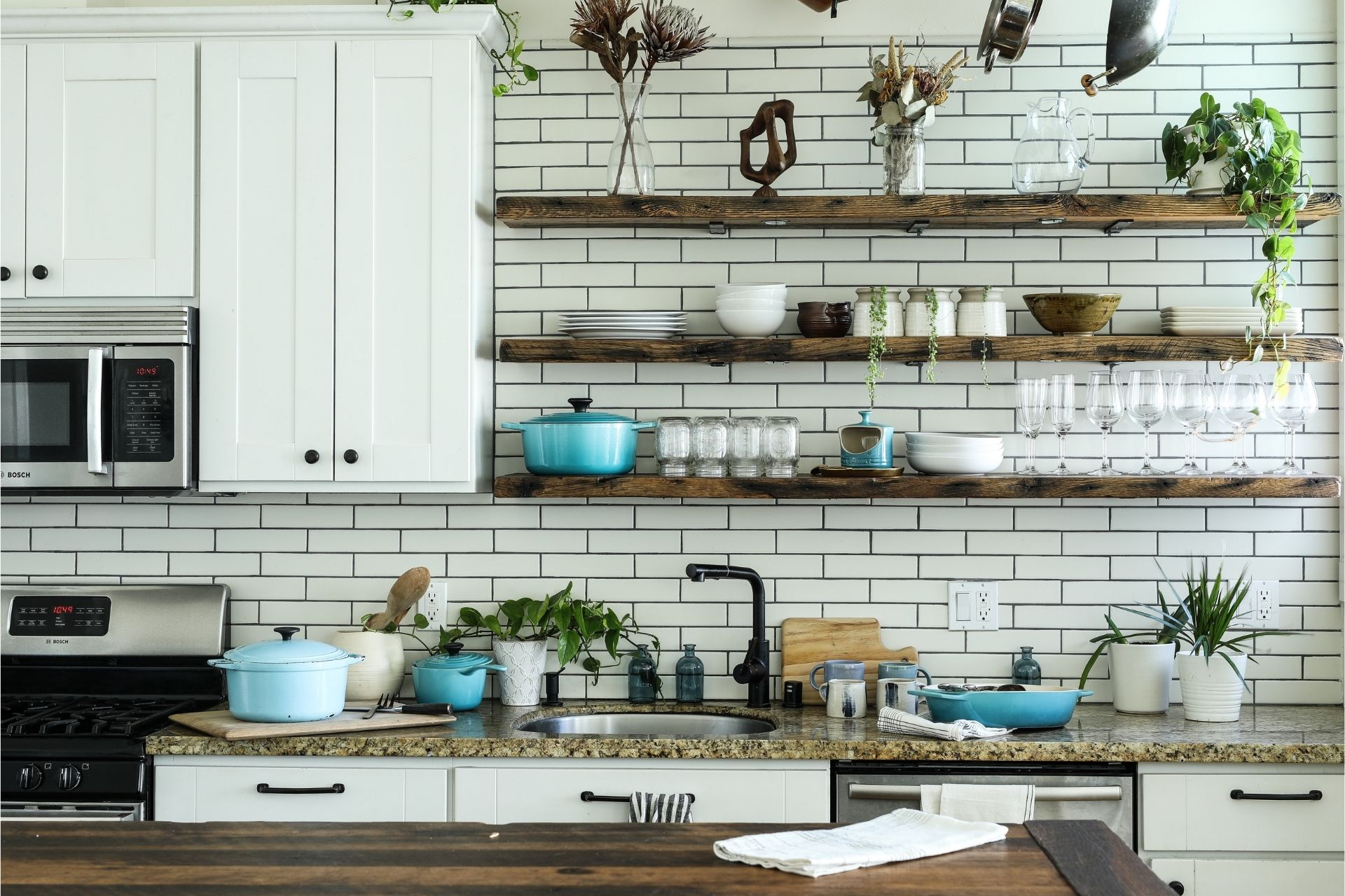 7-kitchen-makeovers-you-can-do-on-a-budget.jpg